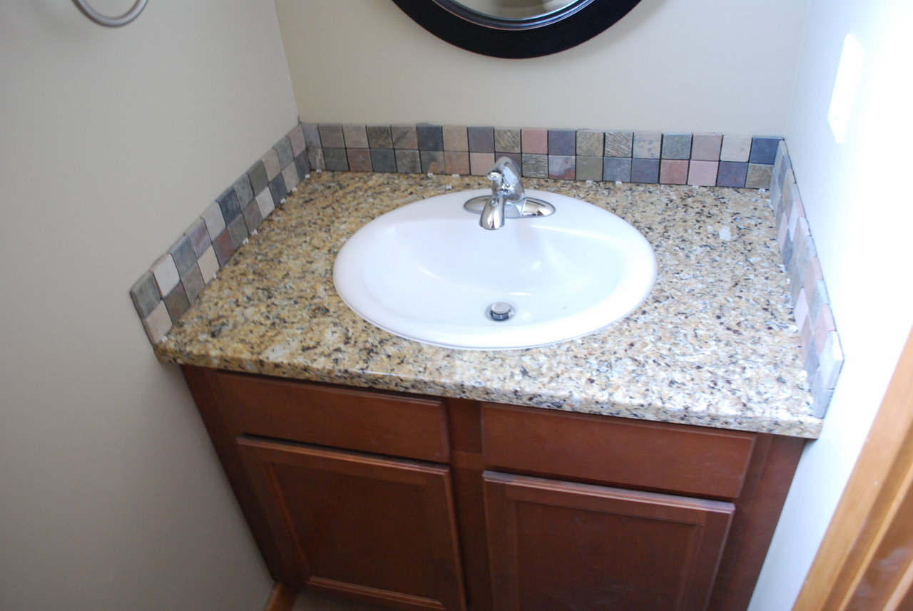 Bathroom tile backsplash for Bathroom backsplash ideas